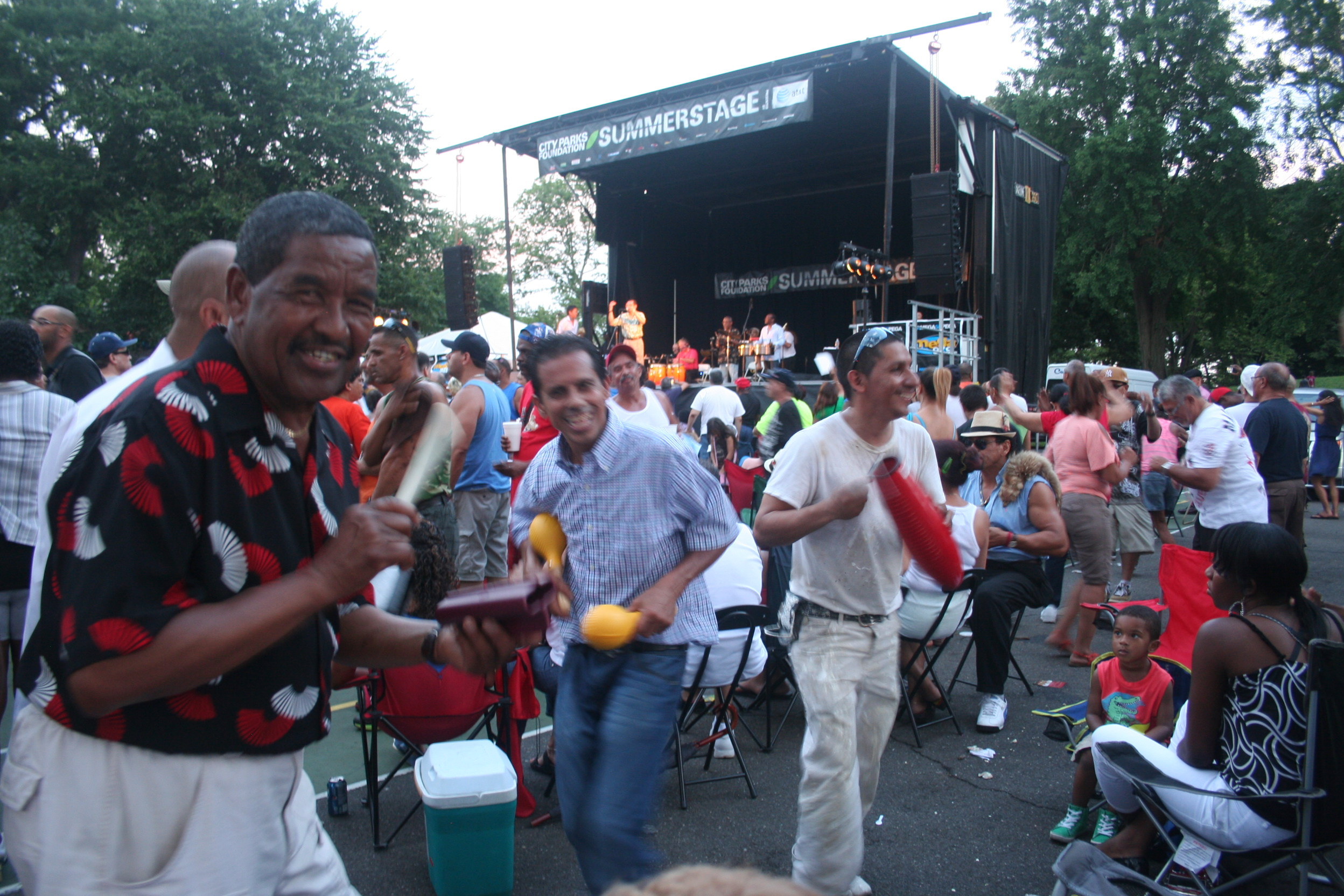 Mott Haven pays tribute to salsa great