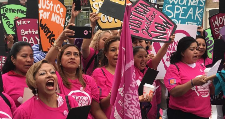 Salon workers protest inhumane conditions